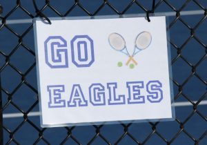 Boys Varsity Tennis defeats East Kentwood 8-0
