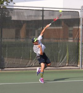 Boys Varsity Tennis defeats Jenison 7-1