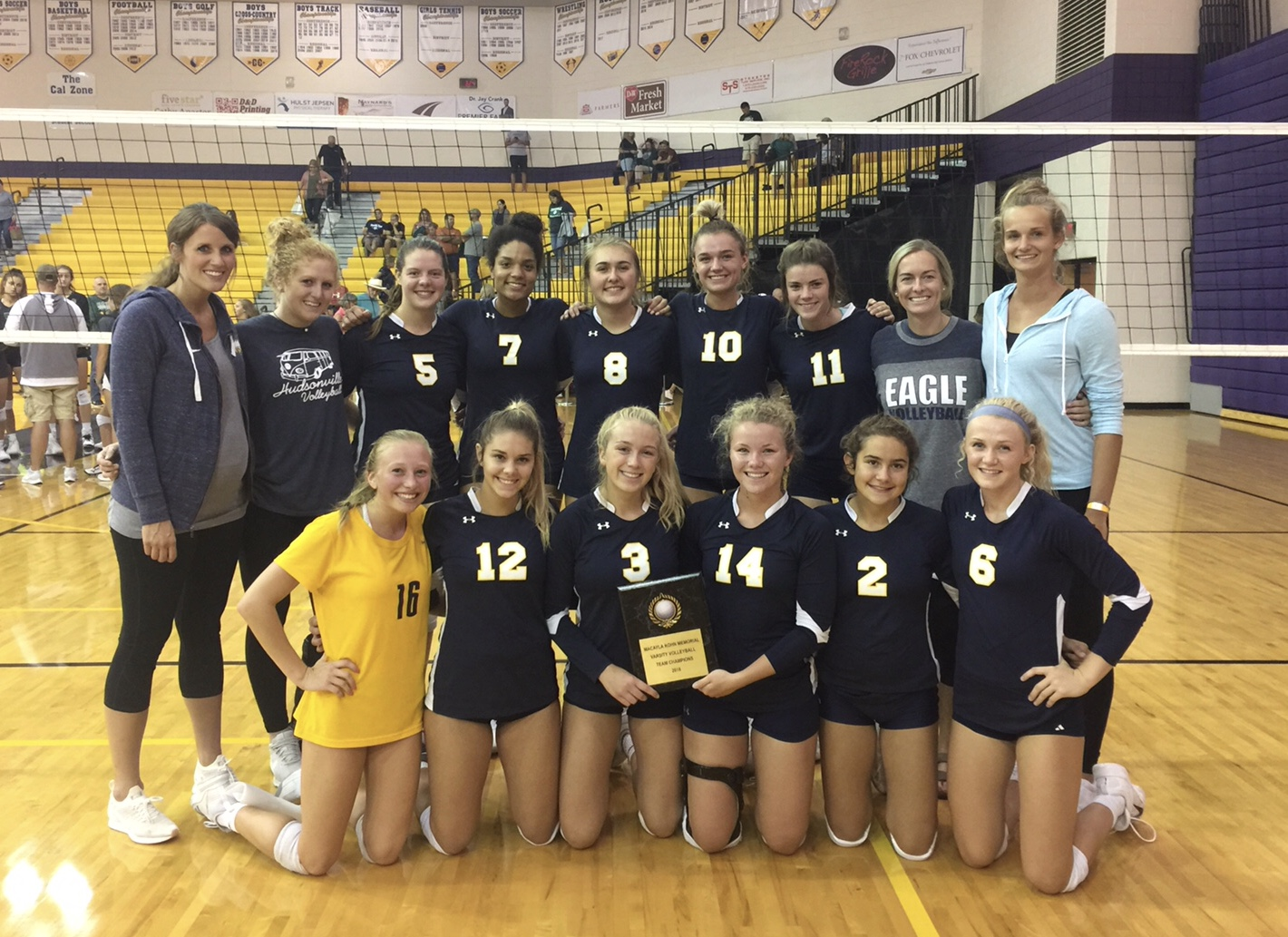 Varsity Volleyball Finishes First
