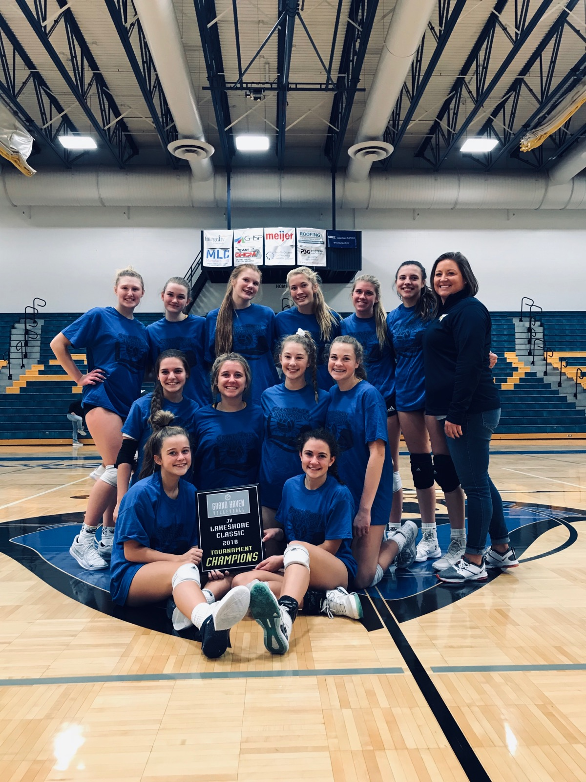 Hudsonville JV Volleyball Completes Successful Season