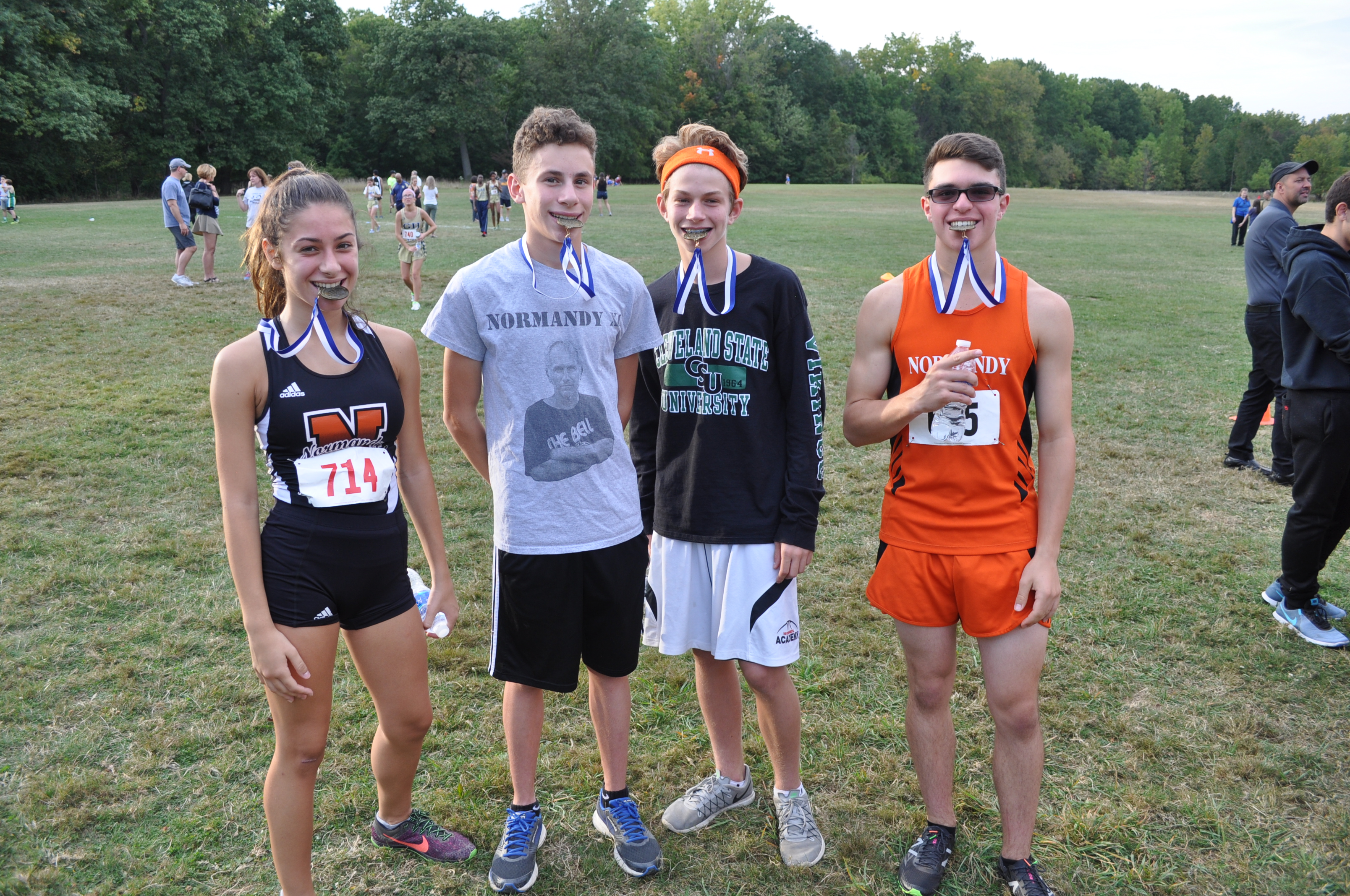 Girls and Boys Cross Country teams run at Trinity
