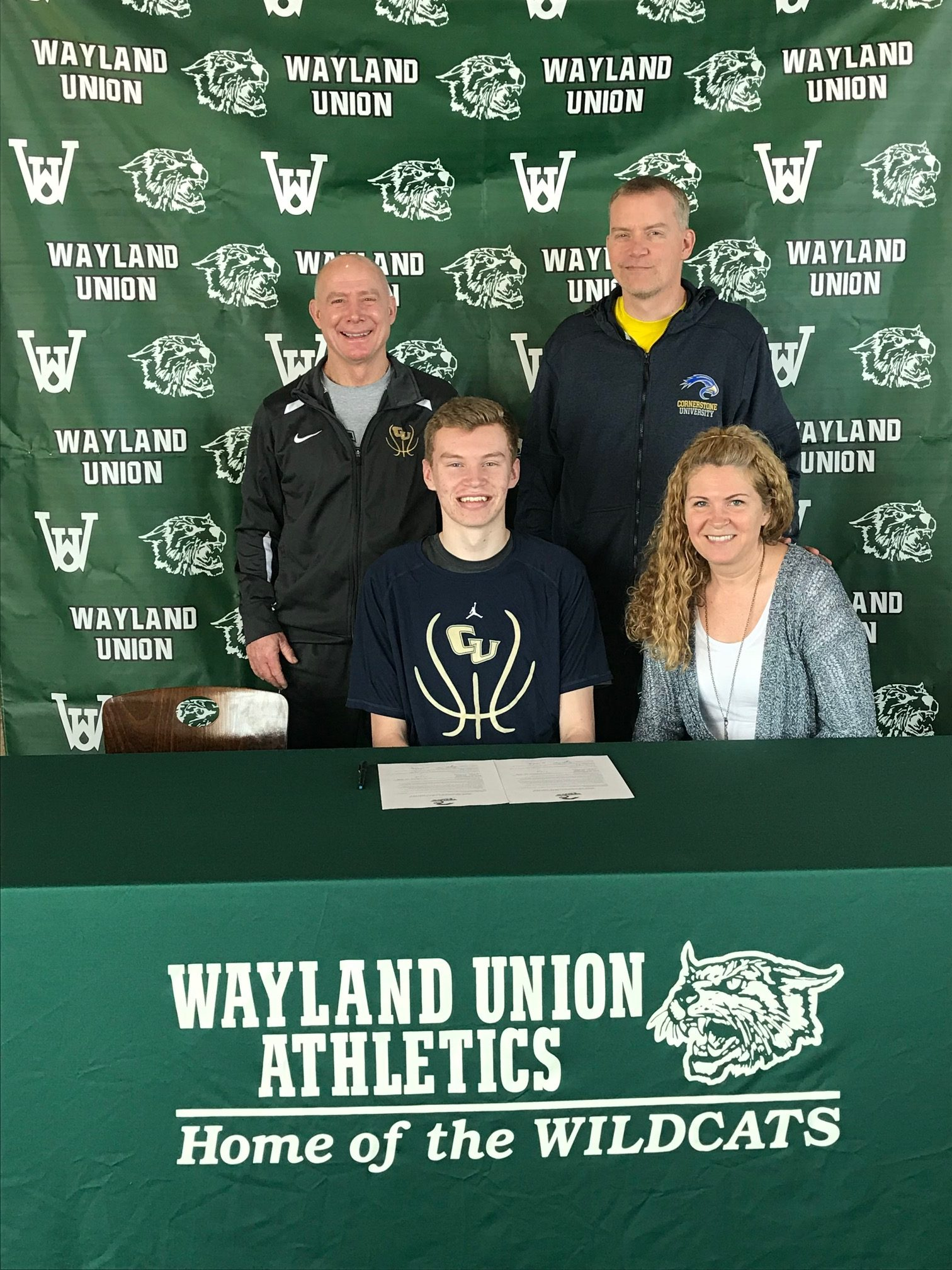 Carter Nyp Signs to Continue his Basketball Career at Cornerstone University