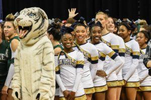 2015 Cheerleading State Championship (Courtesy @GoFlashWin)