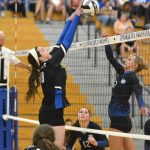 Girls Varsity Volleyball Goes 1- 1