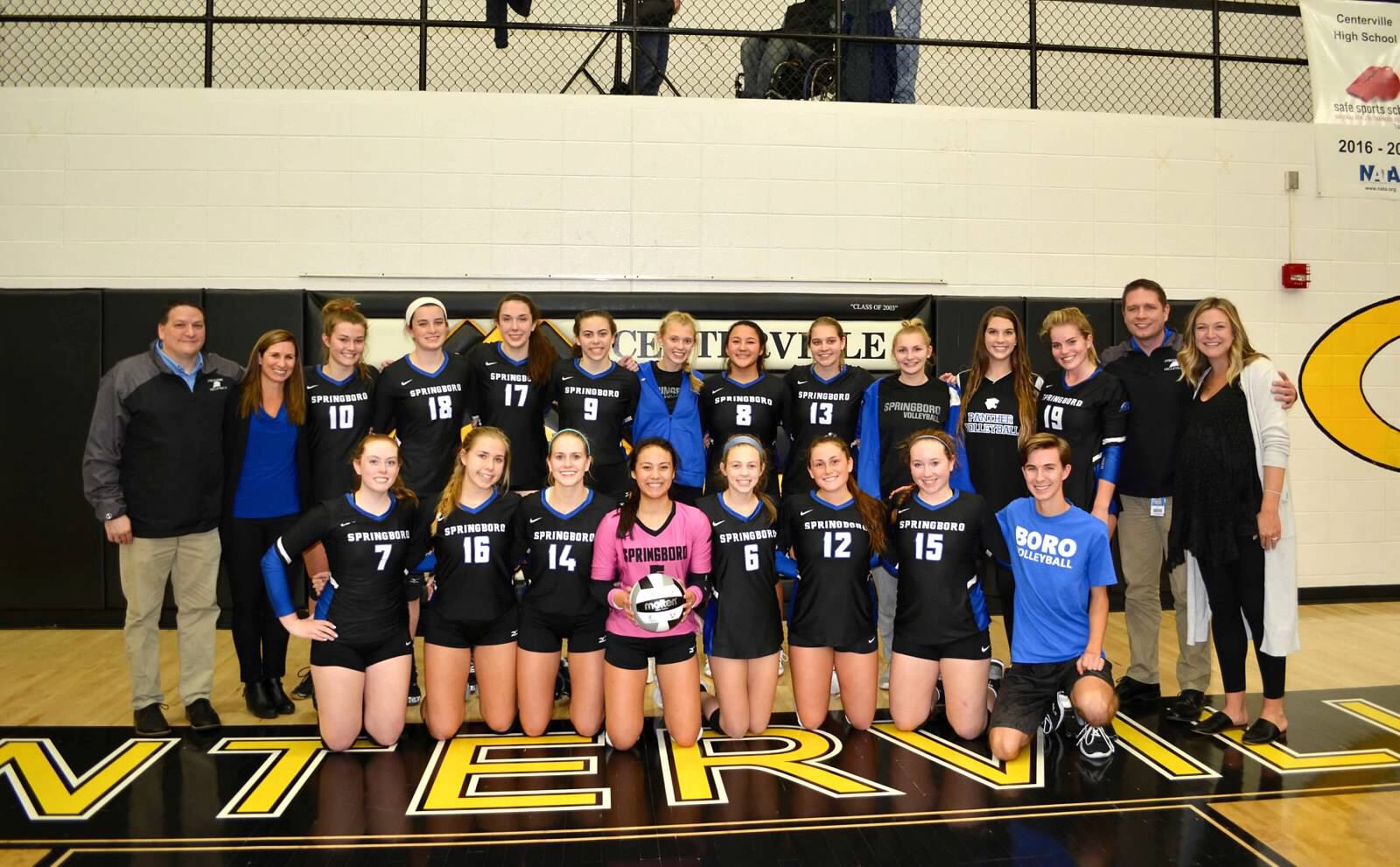 Volleyball Defeats Centerville, Advances to District Finals