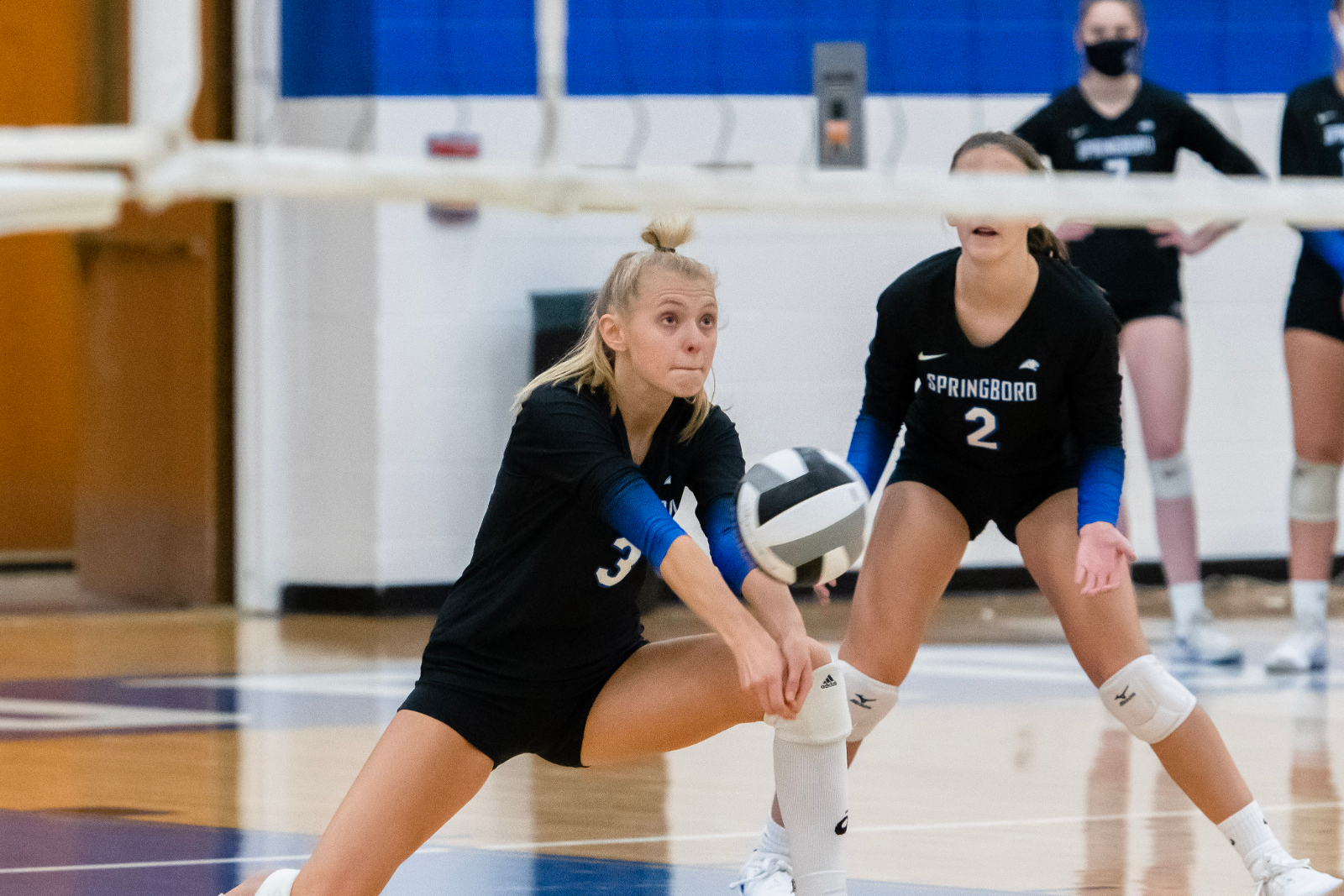 LADY PANTHER VOLLEYBALL SWEEPS CENTERVILLE ELKS