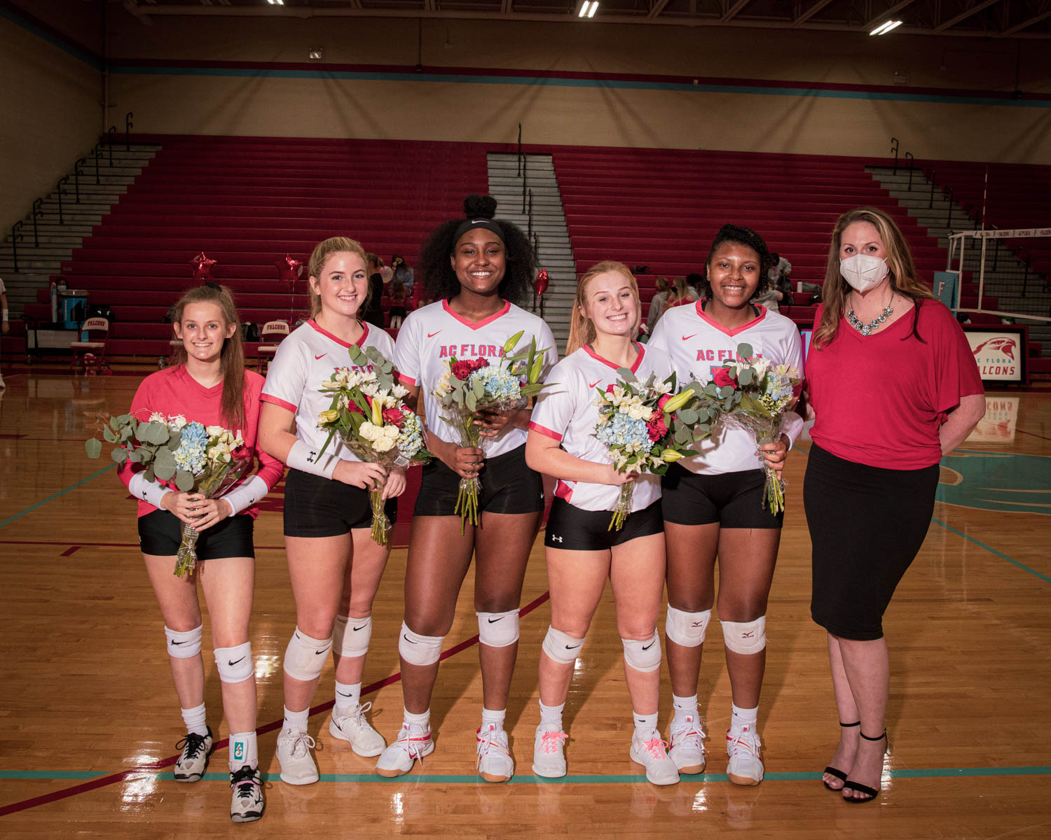 Photos: Varsity Volleyball vs Dreher – Senior Night – 9/22/20