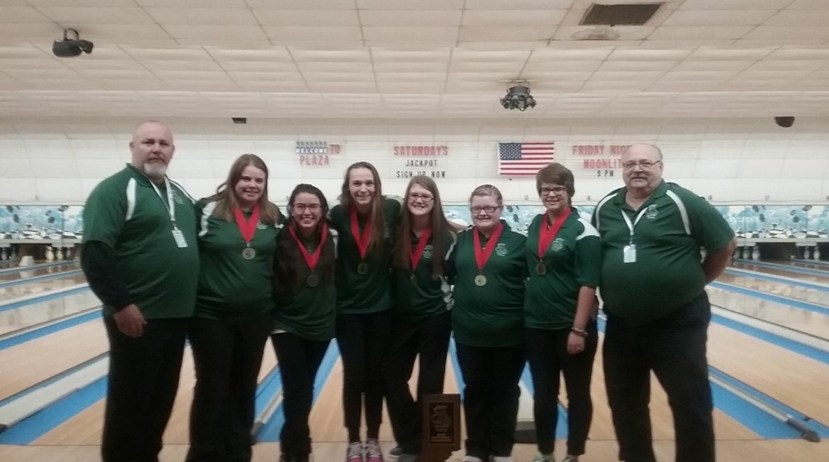 Girls Bowling Team wins Sectionals