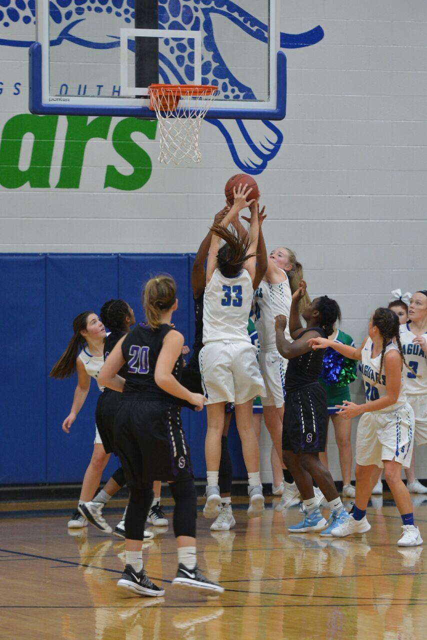 Girls Basketball Games and Tournament