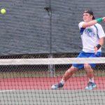 Boys Varsity Tennis beats Lee's Summit North 5 – 4