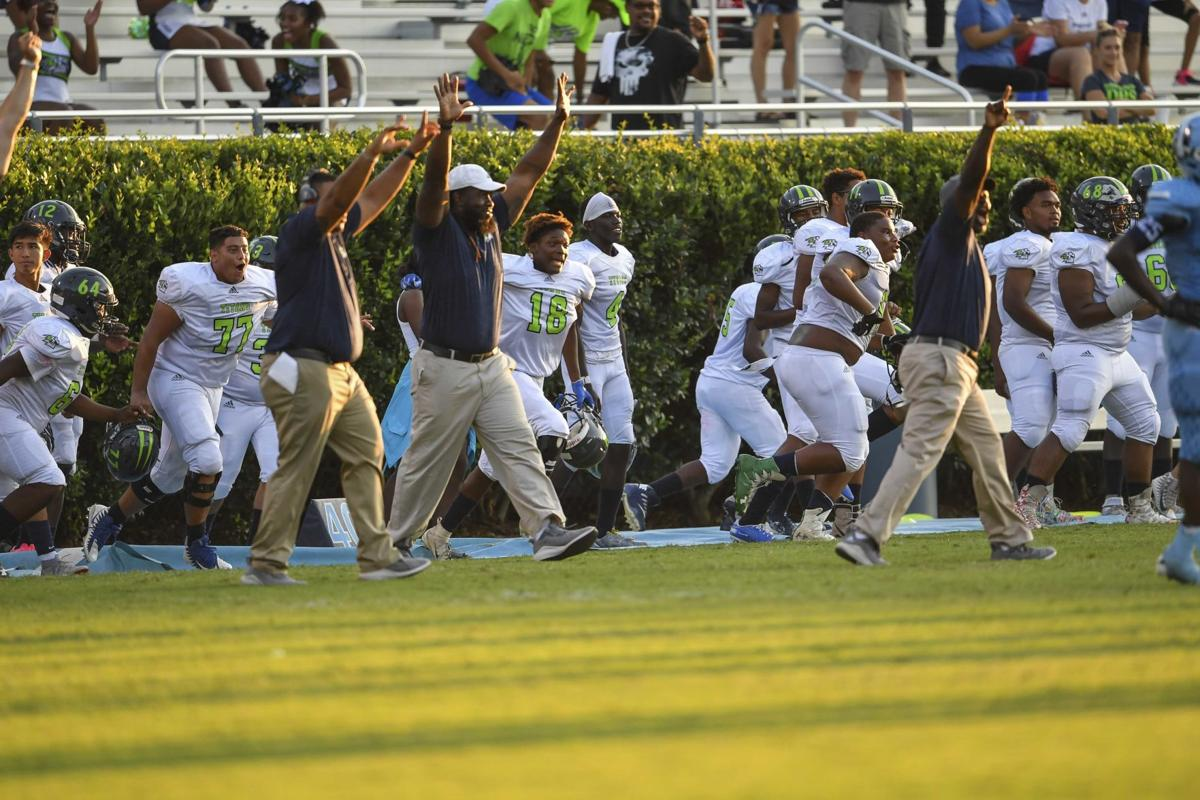 GDP- Photo Gallery from the Discovery vs. Meadowcreek Football Game