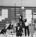 Girls Varsity Volleyball beats River Valley 3 – 0