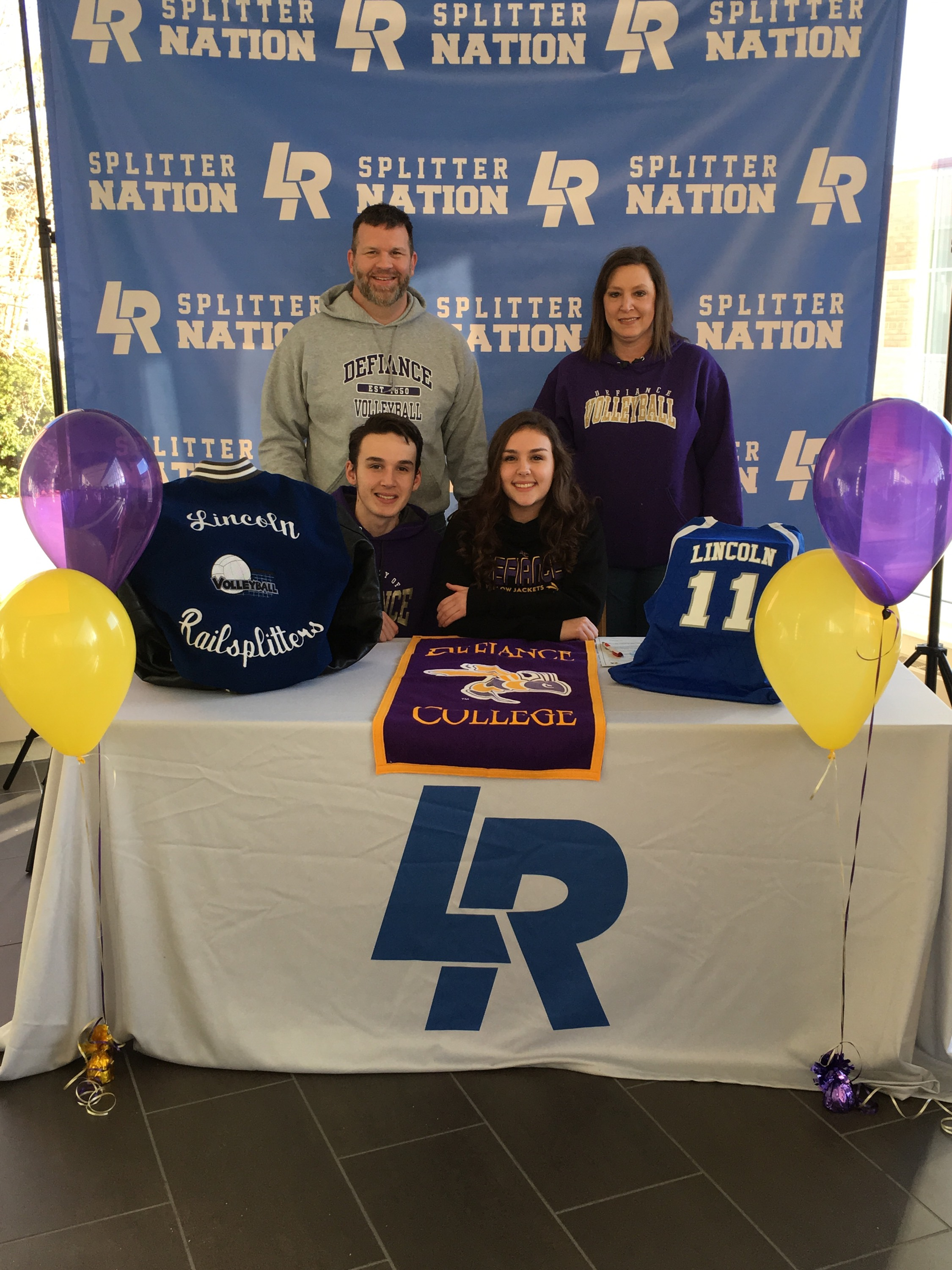 Jayna Eberle Signs with Defiance College!