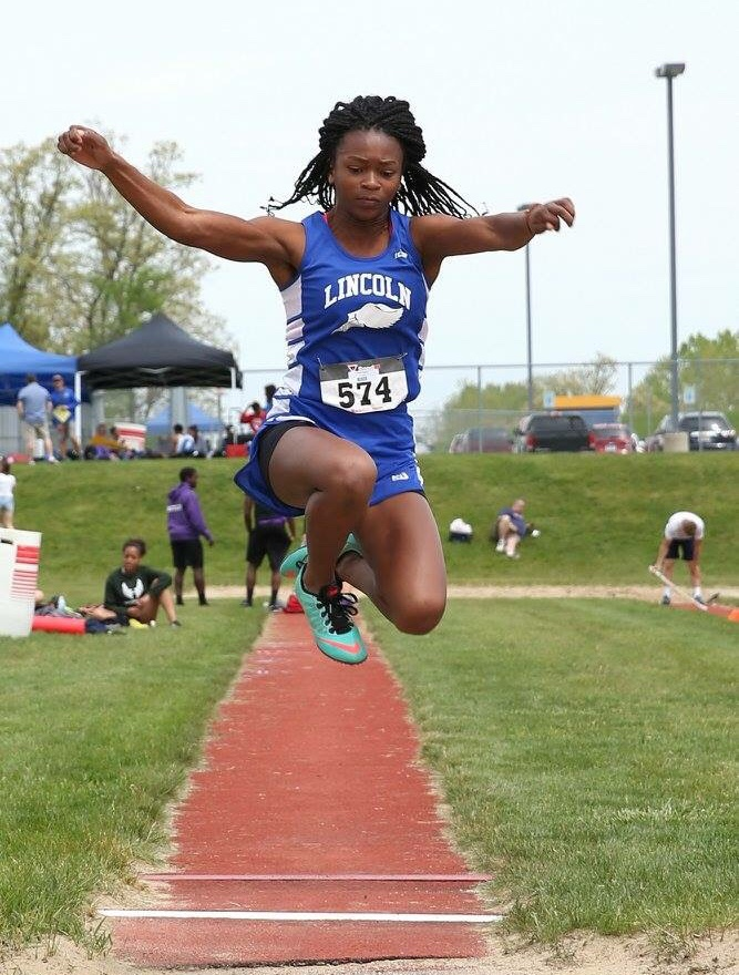 8 Track & Field Athletes Qualify for MHSAA State Meet!