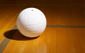 Volleyball Defeats Manchester in Sectional