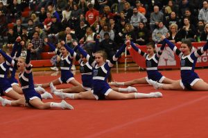 Girls Middle School Competitive Cheer at Holly Bash 2019-02-01