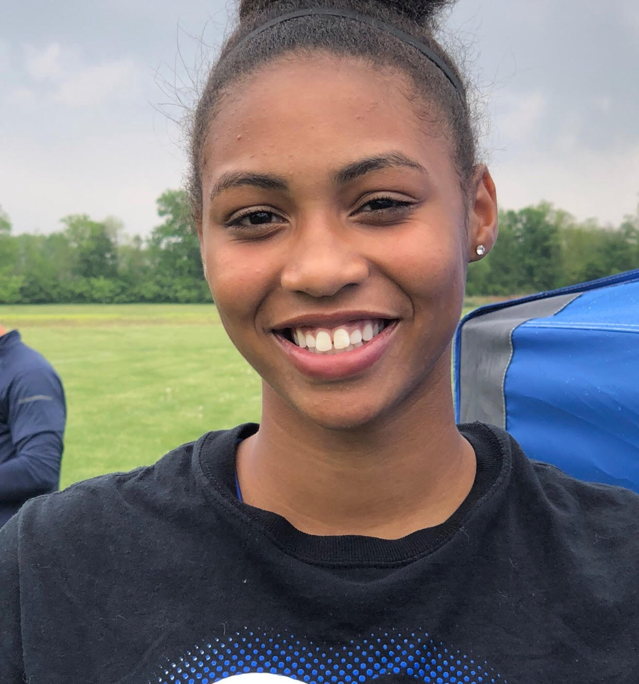 Freshman Reaghan Wakefield Qualifies For Regionals In High Jump