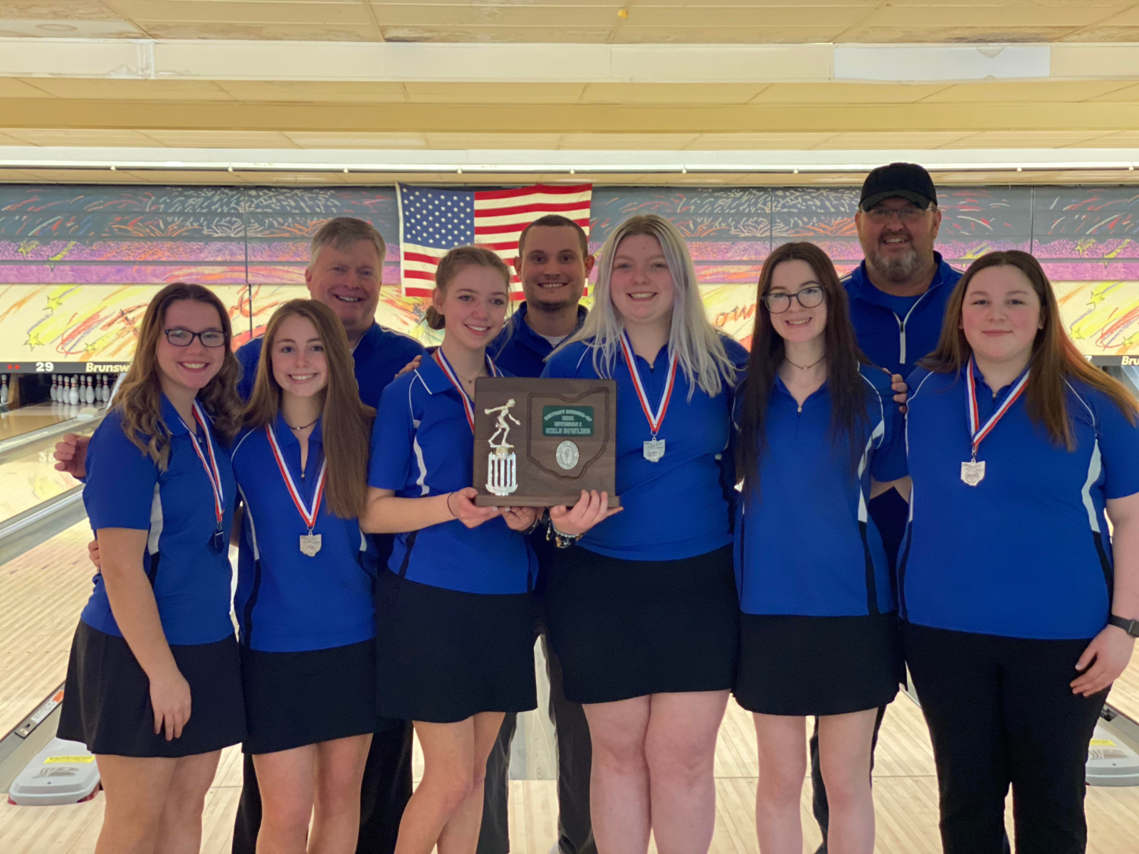 Girls Bowling Qualifies For State With District Runner-up Finish