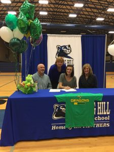 Jenna Hampton Signs with Paris to Play Volleyball