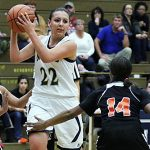 Slow start does not stop Niles against Chieftains