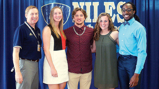 Niles honors seniors with annual awards
