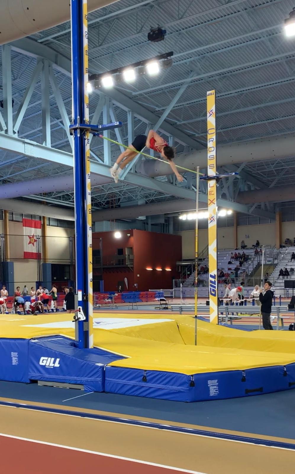 Indoor Track and Field Teams Keep #1 Rankings