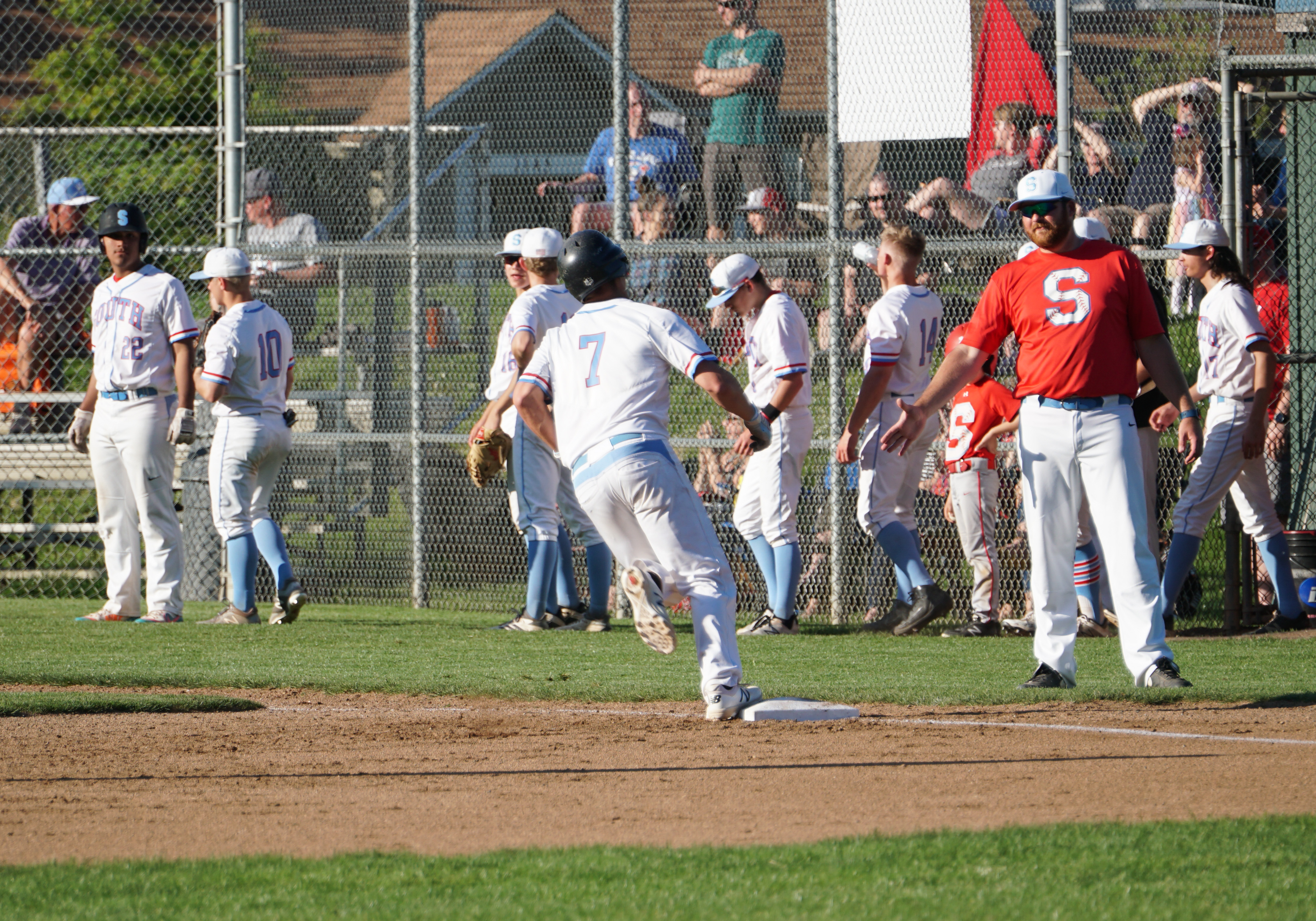 Saxons Baseball leads GVC with 6 1st-Teamers, Player of the Year