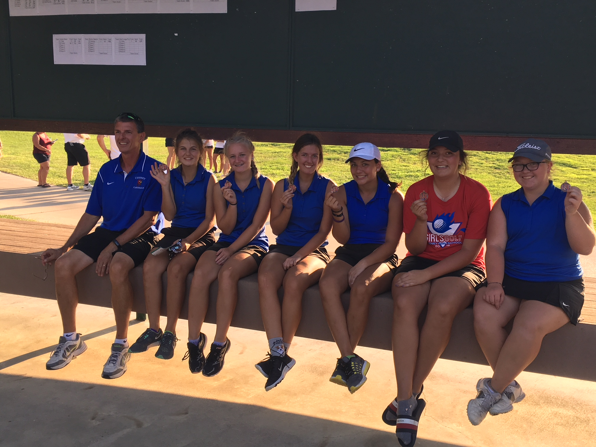 Girls Varsity Golf finishes 3rd place at Cherry Oaks
