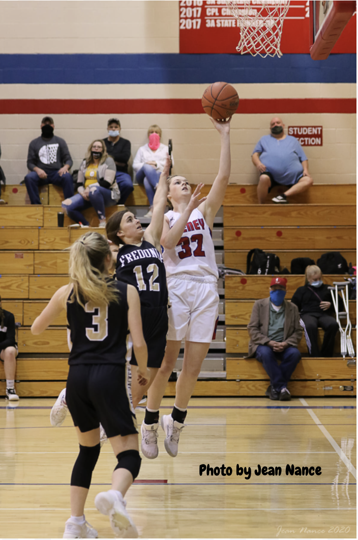 Girls Varsity Basketball beats Eureka 55 – 51