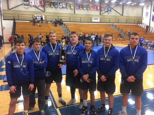 Boys Varsity Wrestling finishes 2nd place at (Miamisburg Invitational)