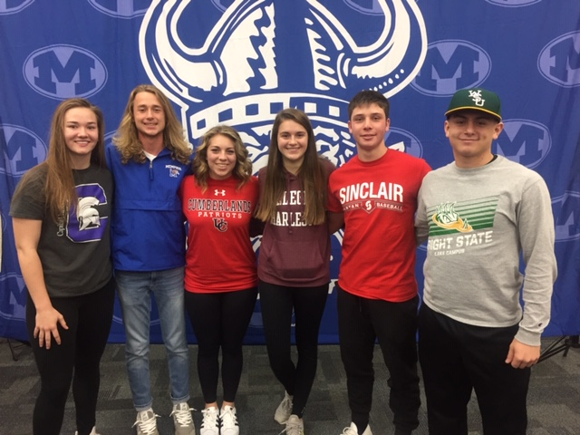 6 Seniors Commit to Compete at the Collegiate Level on Signing Day