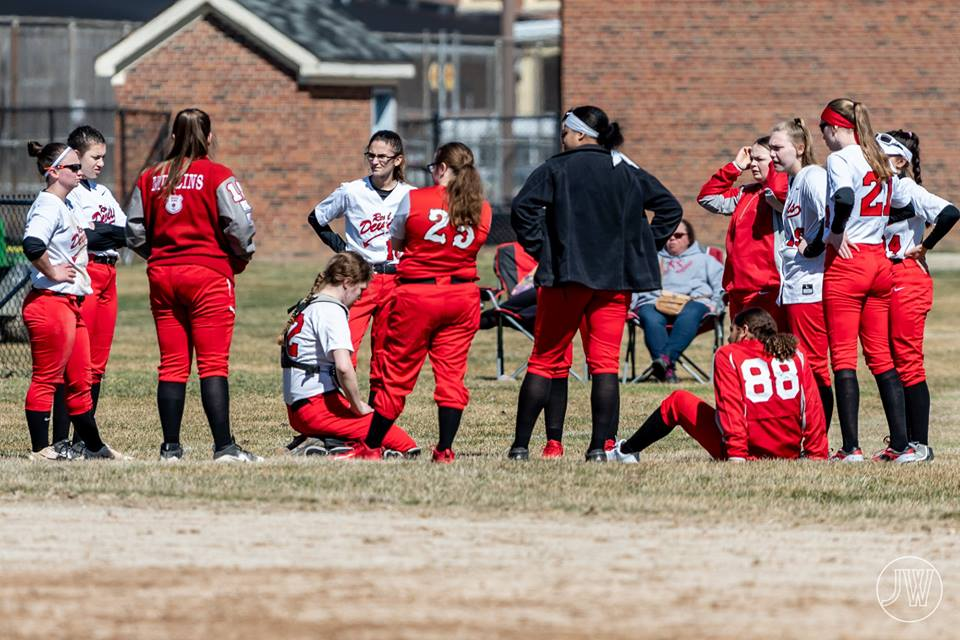 Girls Varsity Softball defeats Winchester 17 – 16