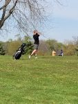 RCS Middle School Golf Splits Tri Match at Rushville