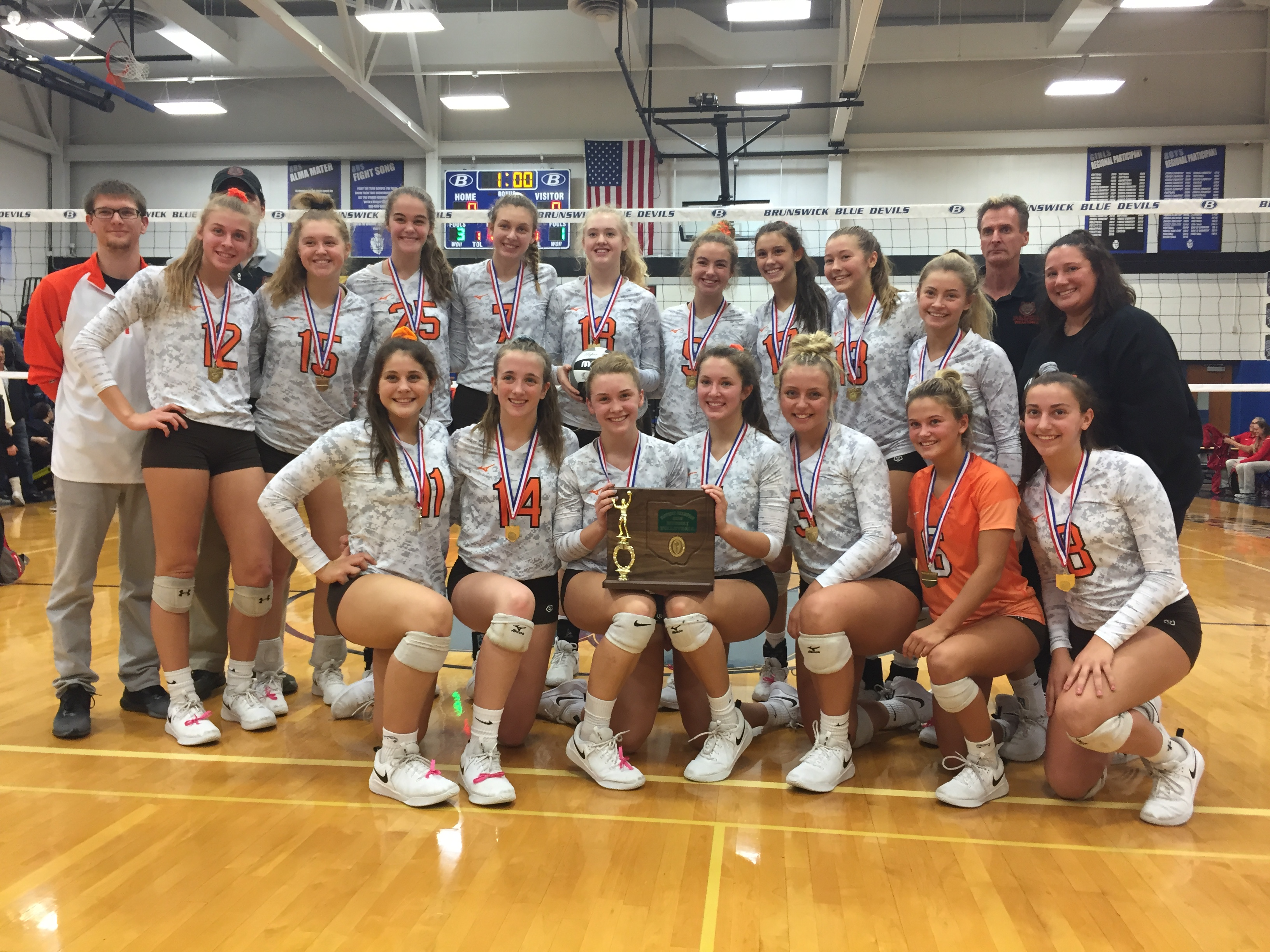 Lady Bruins Sweep Solon; Advance to 3rd Straight State Final
