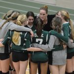 Girls Volleyball falls to Sacred Heart 2-3