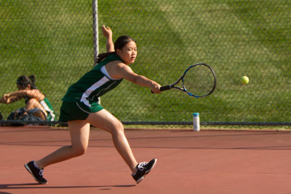 Dock Girls Tennis Beats Bensalem in First Ever Matchup, 5 – 2