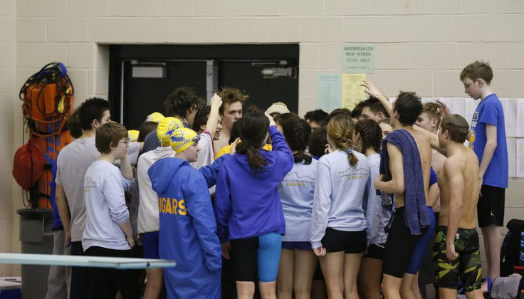 CONFERENCE SWEEP: Cougars take HHC titles; boys win 9th straight – GDR Sports: Brian Beck
