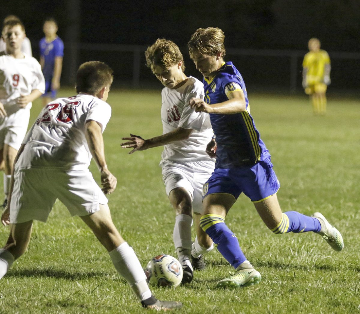 Men's Soccer Moves On To The Sectional Championship (GDR Sports)