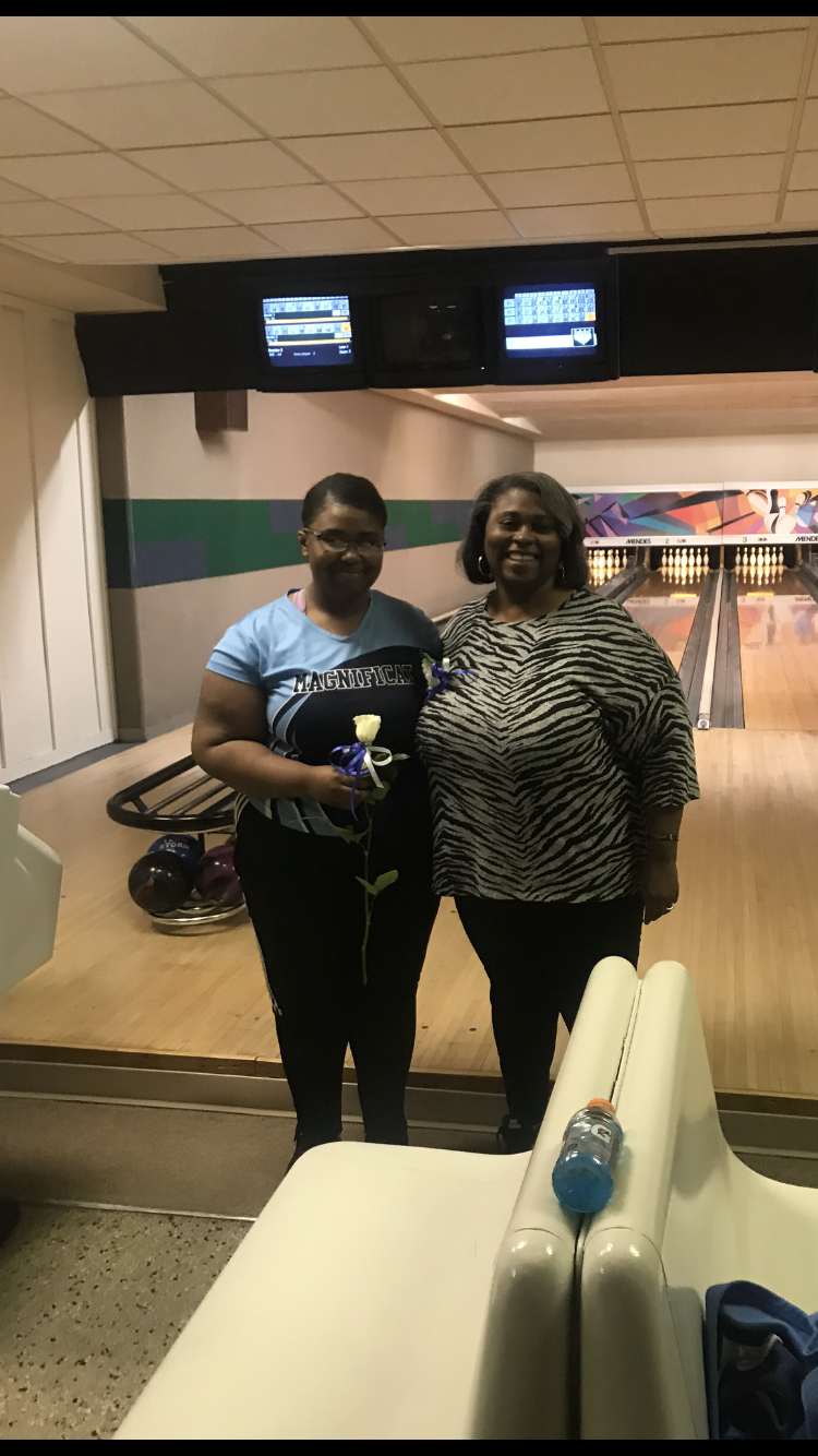 Blue Streak Bowling tops Lakewood on Senior Night
