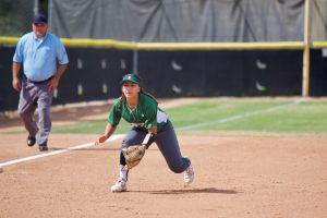 Softball vs Canyon 5-2