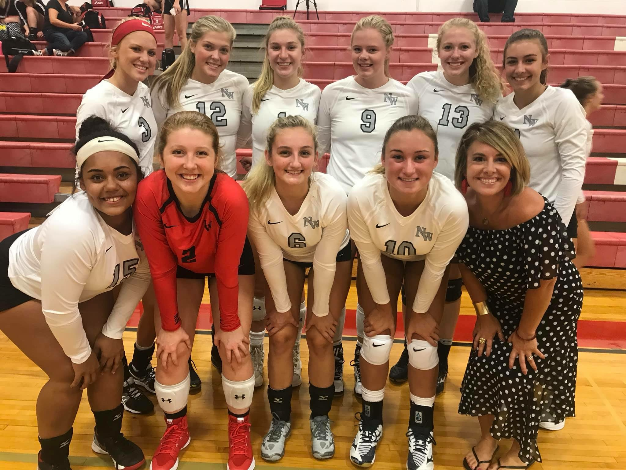 Varsity Volleyball Sweeps at Vandercook Tri