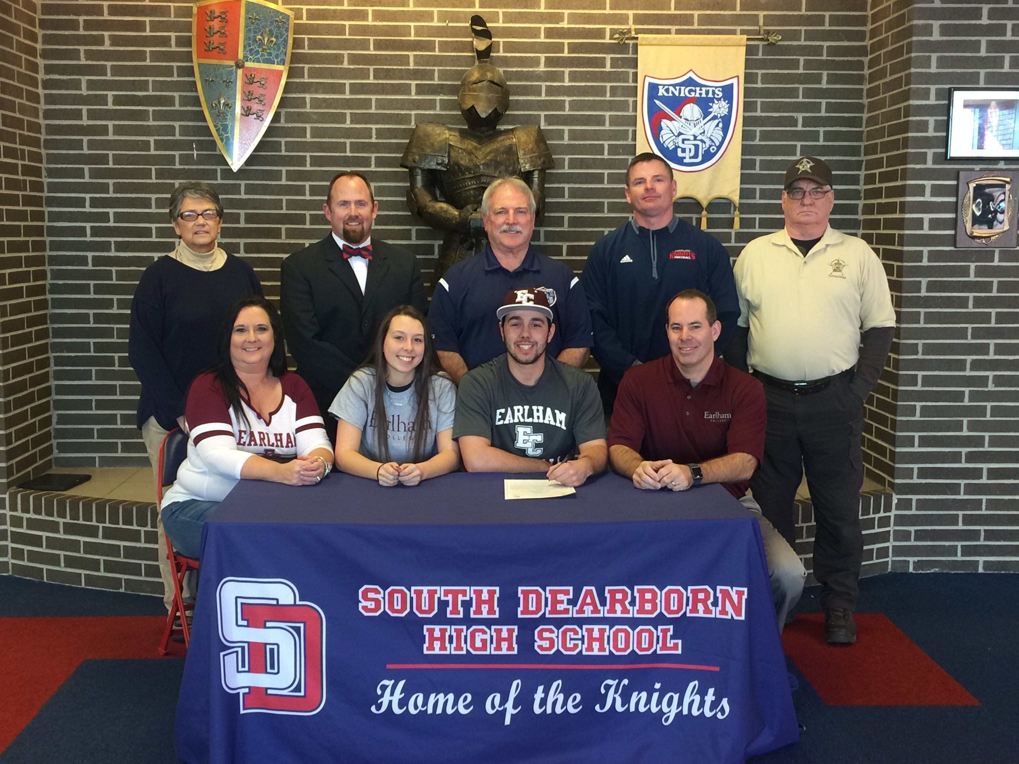 Brady Fentress signs to play baseball at Earlham College!