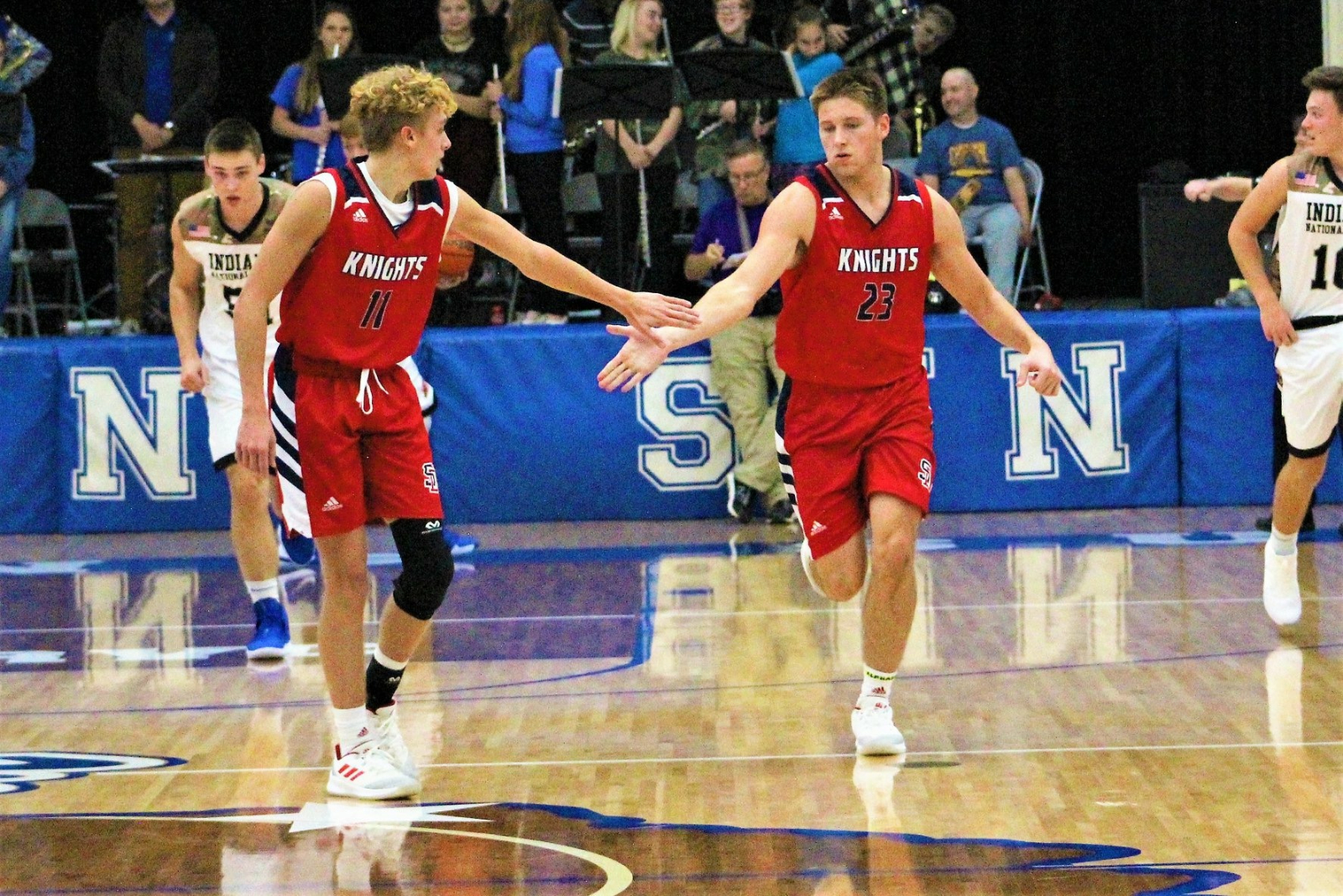 Knights Boys Basketball Drops One to Madison, But Beats Franklin Co. This Weekend