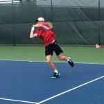 Tennis sweeps Arabians