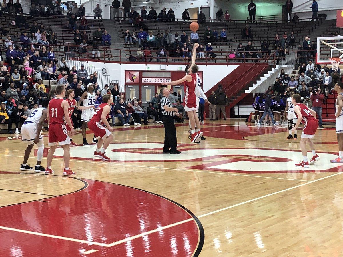 Boys basketball falls in regional final