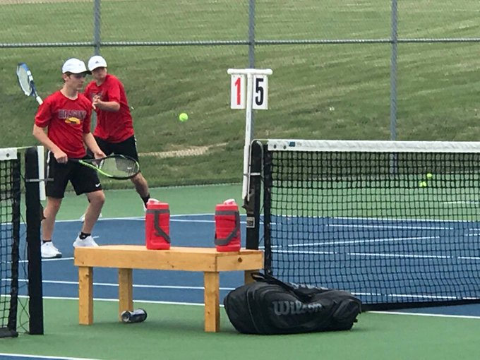 Tennis tames Tigers