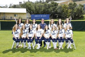 Varsity Softball Team Photo – 2018