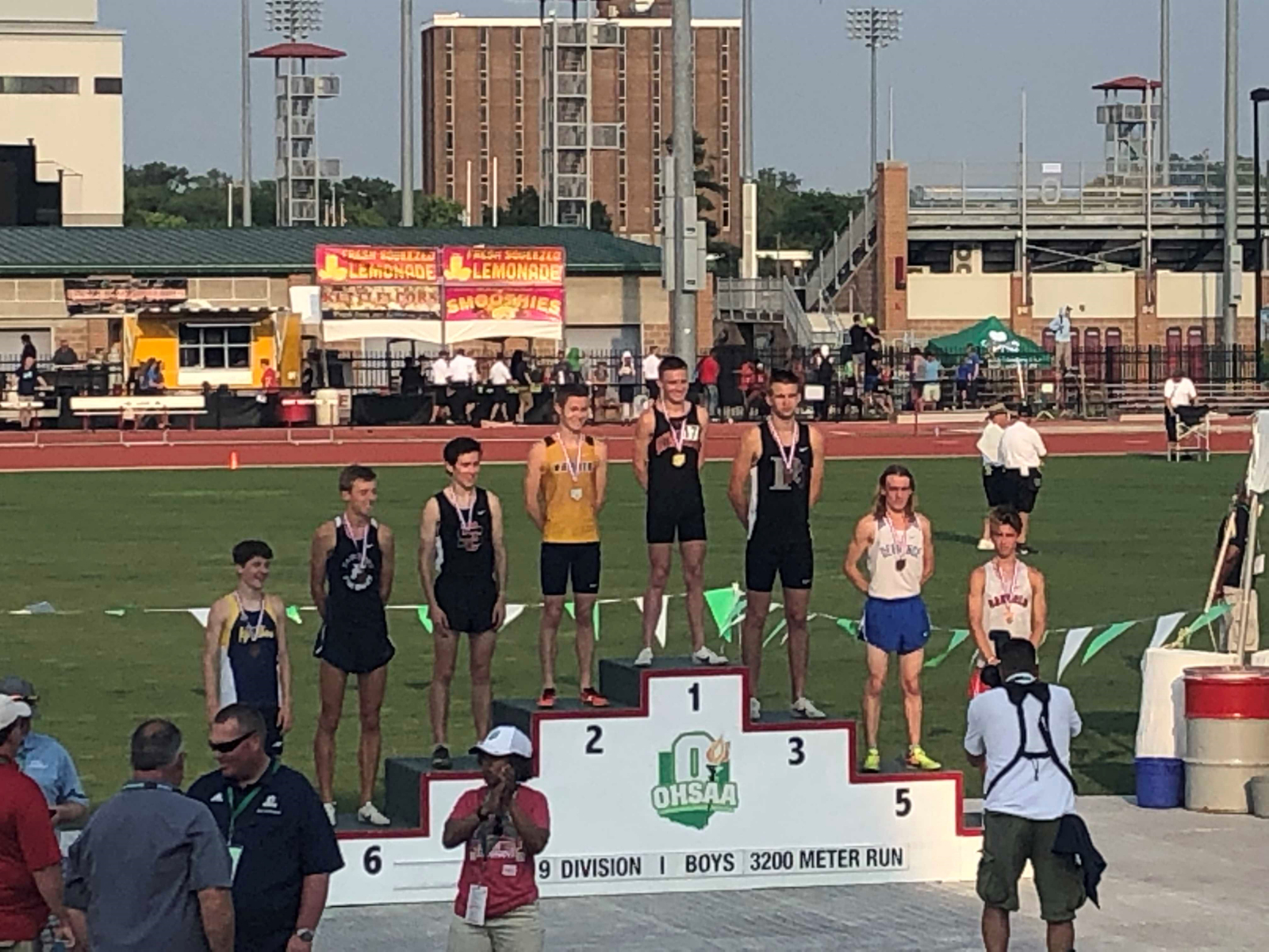 Vinny Mauri Wins State Title in 3200
