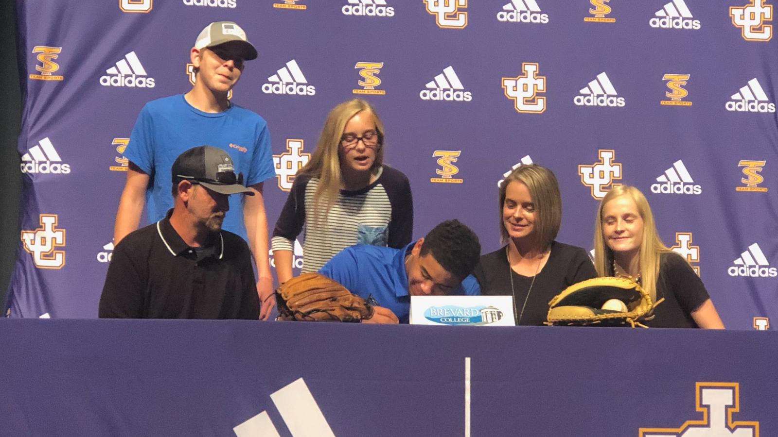 Brandin Johnson Signs Baseball Scholarship