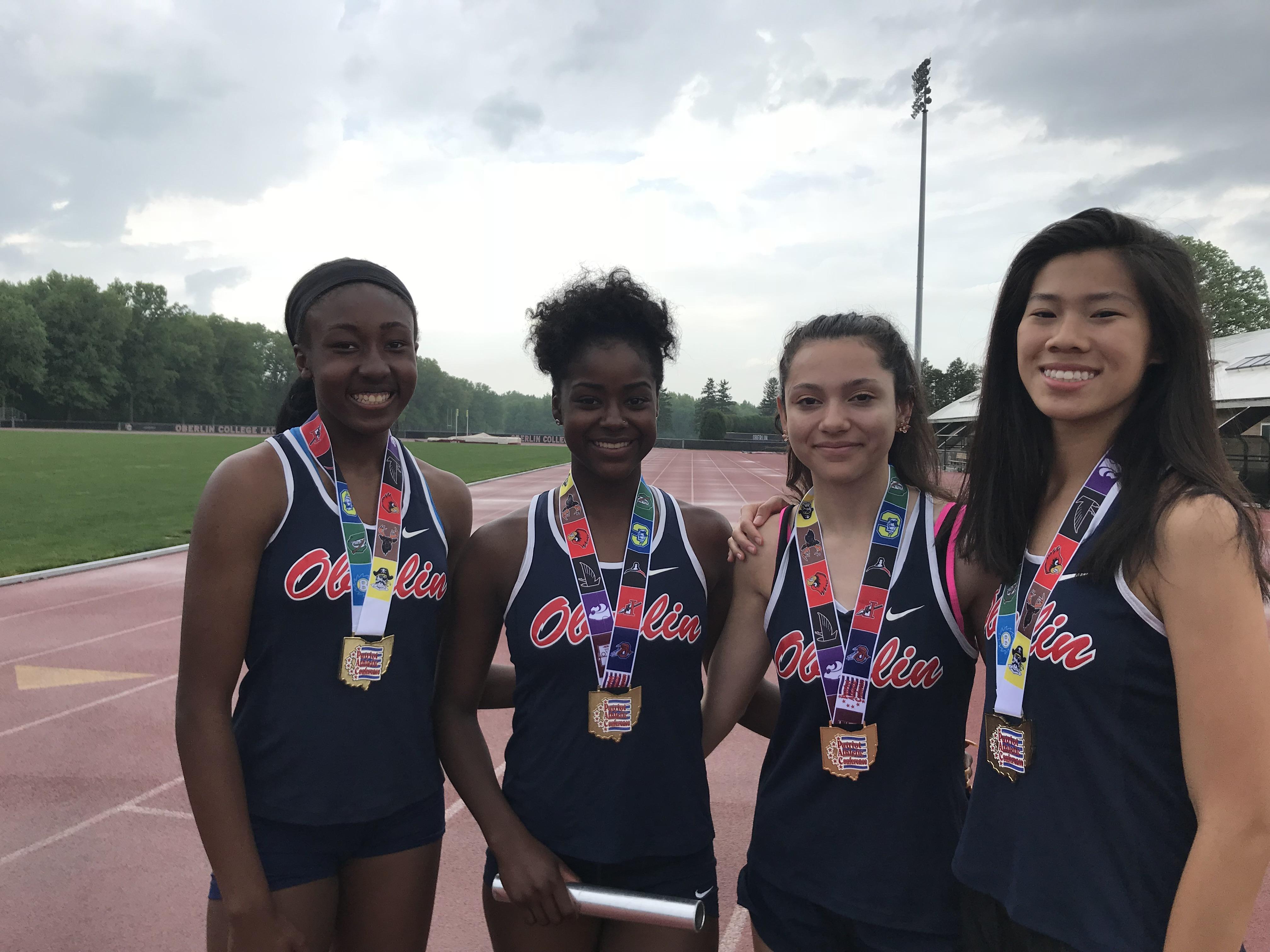 Girls Track to Regionals